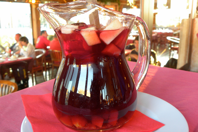 Memorial Day Drinks: 5 Fun and Easy Summer Pitcher Cocktails