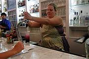 Gina Chersevani at Hank's Oyster Bar: Don't Mess with the Mixtress