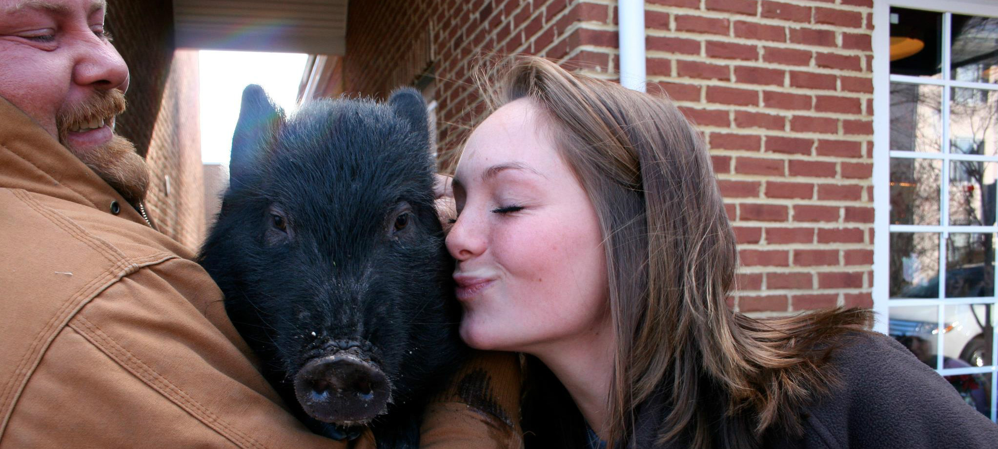 Easton's BBQ Joint Invites You to Kiss a Pig for Charity